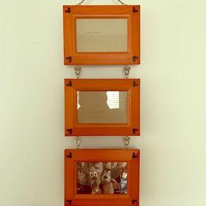 Disney hanging 4x6 photo frame.